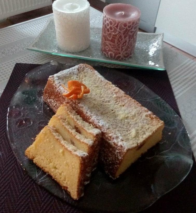 Sočni narančin kolač