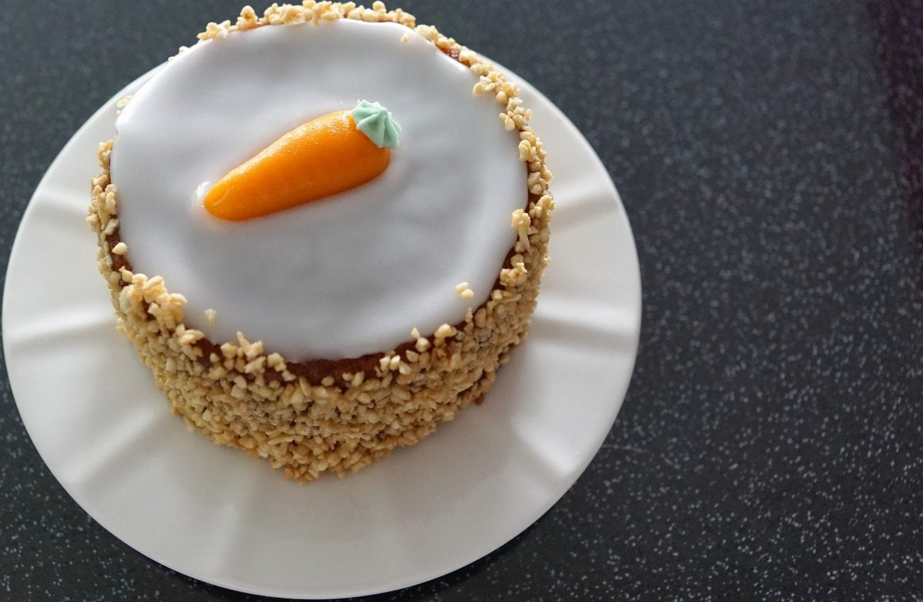 Sočna uskršnja torta od mrkve